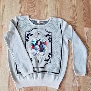 ❤ Round neck detailed sweater